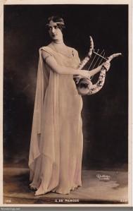 C. De Merode -1906- with lyre
