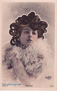 Regnier art nouveau hair